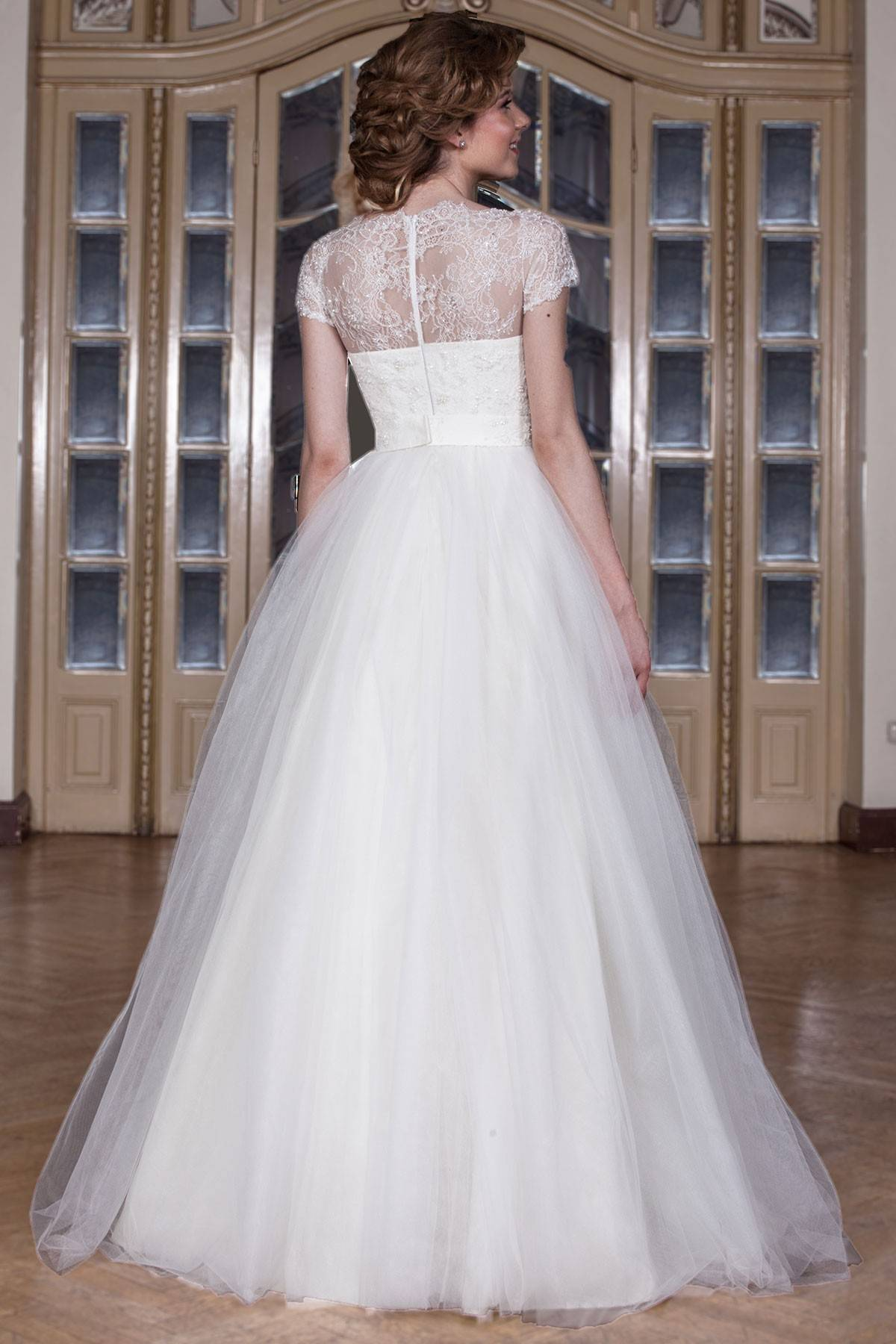 Long wedding gown made from chantilly lace silk veil and for Chantilly lace wedding dress