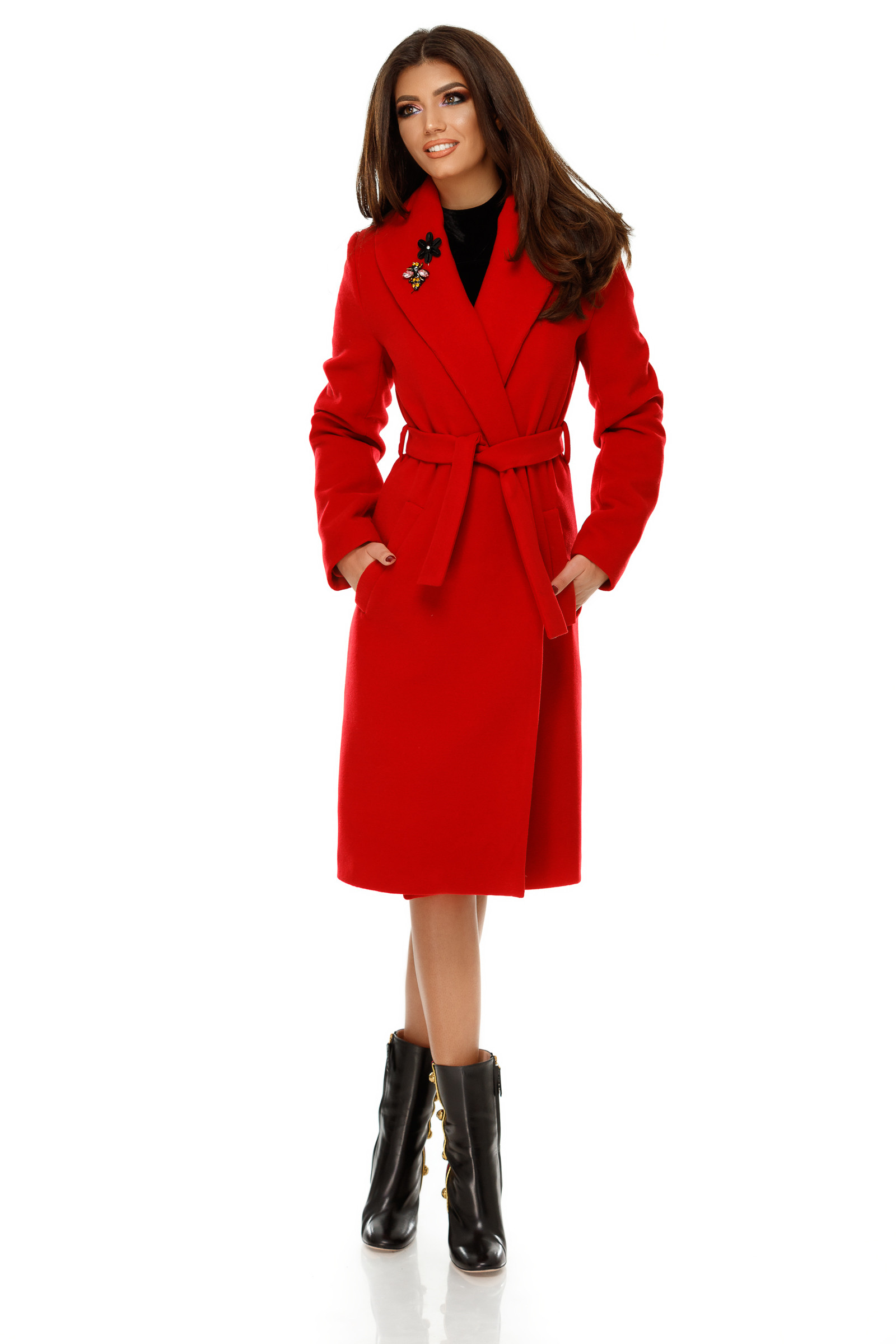 Palton Cezara Roşu
