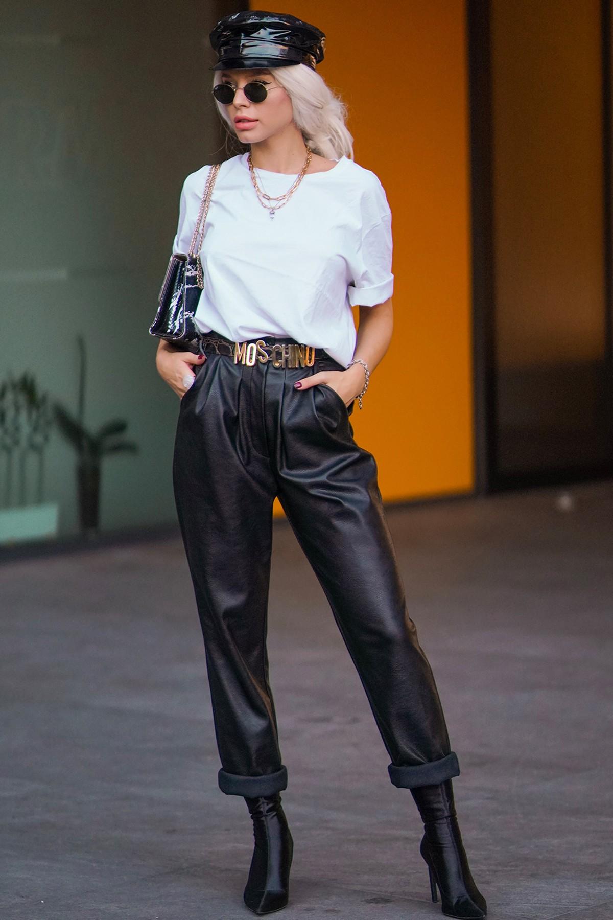 Pantalon din piele ecologică neagră No Wifi