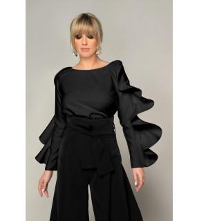 Bluză neagra cu volan aplicat pe maneca