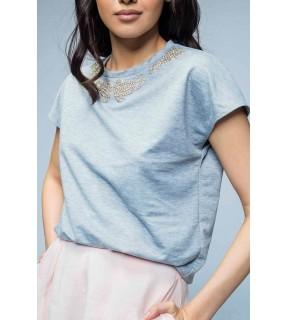 Tricou din tricot cu aplicatii din strasuri