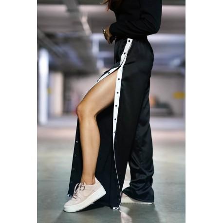 Pantalon cu capse laterale si vipusca