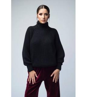 Pulover din tricot cu guler înalt