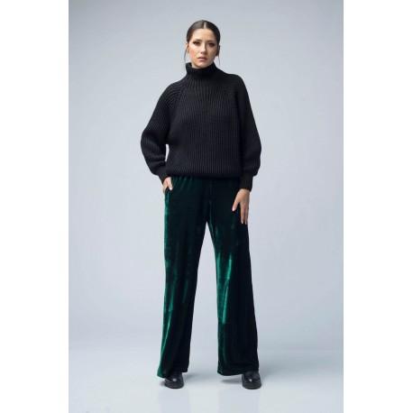 Pantaloni din catifea largi