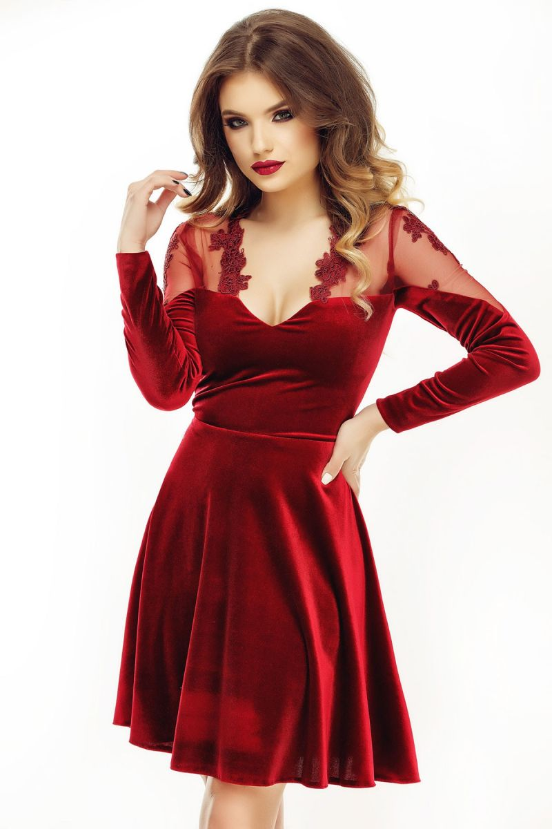rochie eleganta de catifea bordo