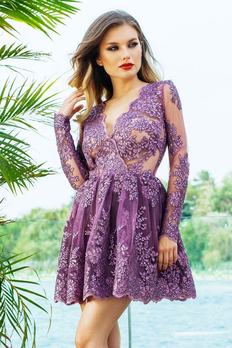Stilul glamour si rochiile de seara din dantela pretioasa