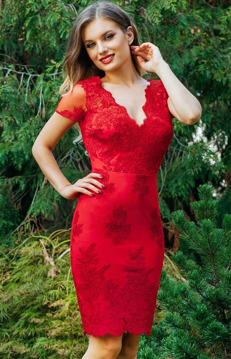 rochie-rosie-din-dantela