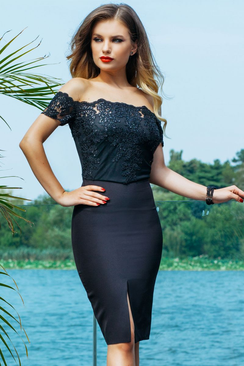 De ce rochia neagra eleganta ramane mereu la moda?