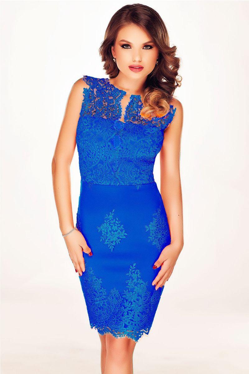 Coloreaza-ti toamna in... rochii albastre