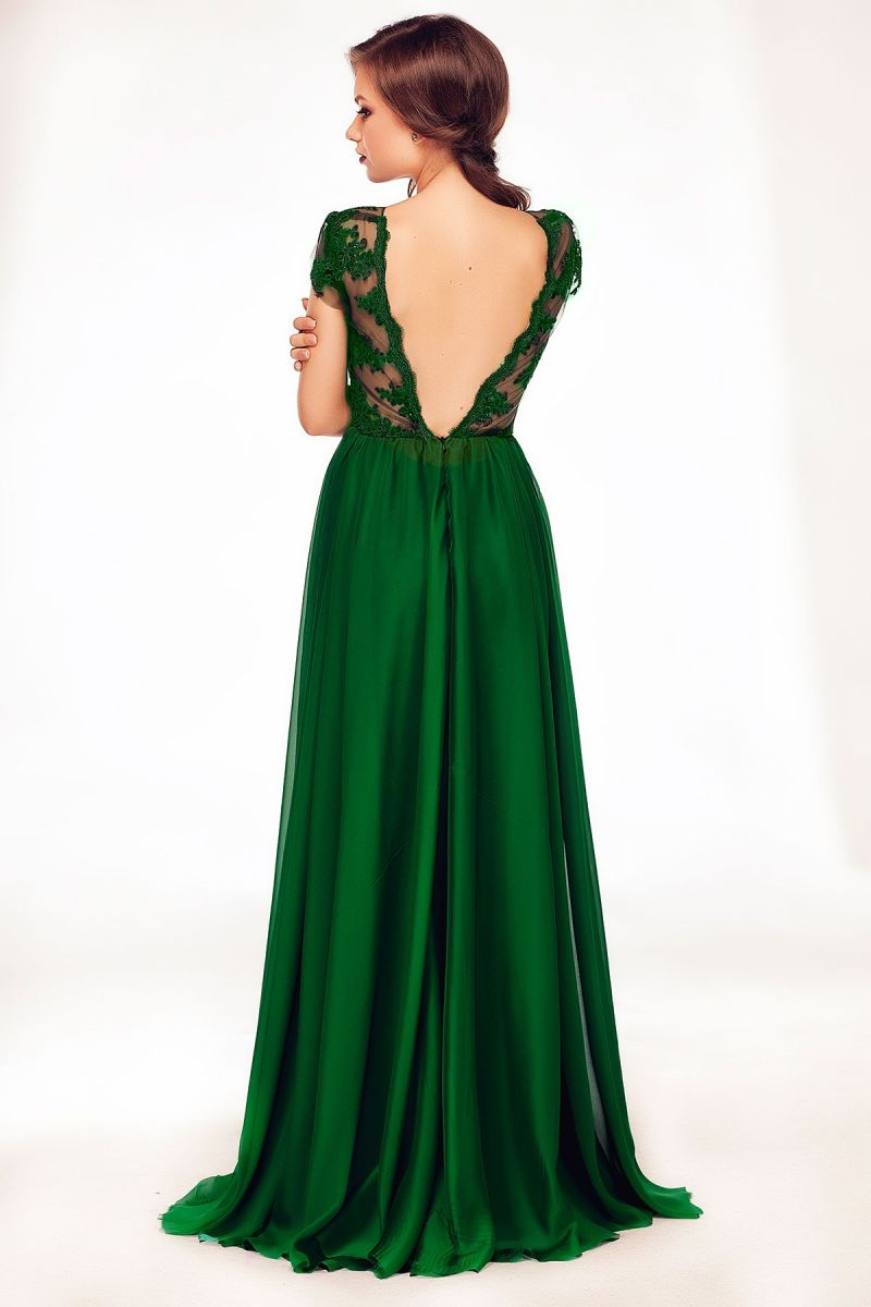 Poarta rochii cu spatele gol pentru evenimente speciale
