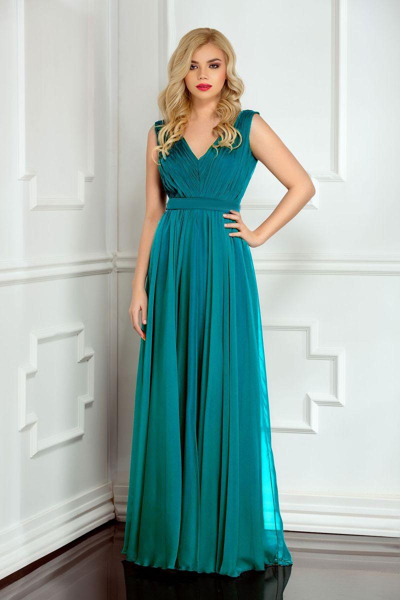 Alege rochii turcoaz si impresioneaza prin eleganta