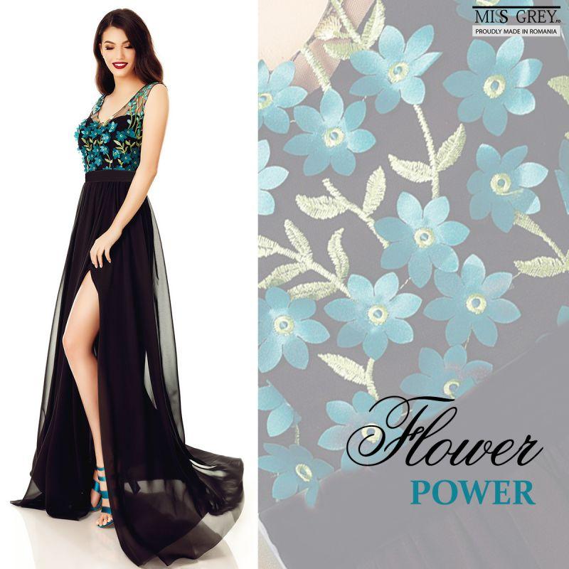 Vara asta se poarta rochii cu flori aplicate