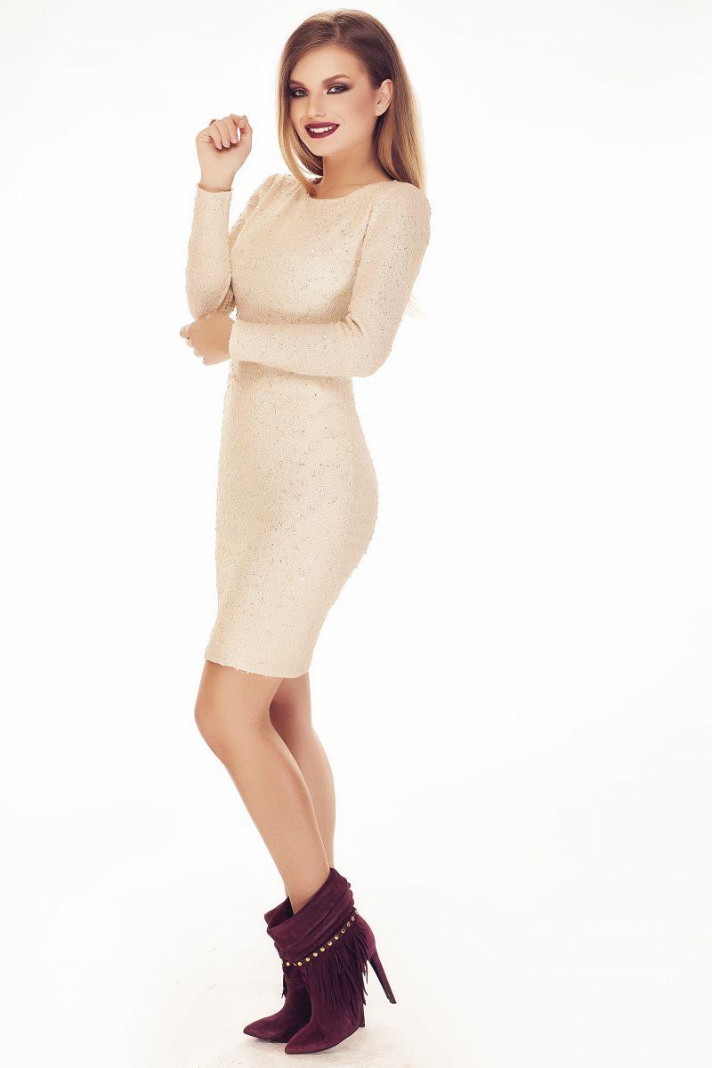 modele-tricotate-de-rochie-de-toamna