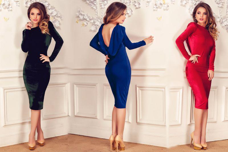 Start reduceri: rochii elegante de catifea cu 50% mai ieftine!