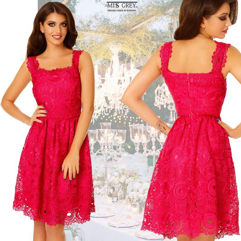 Rochii scurte elegante roz fucsia: stii sa le porti?