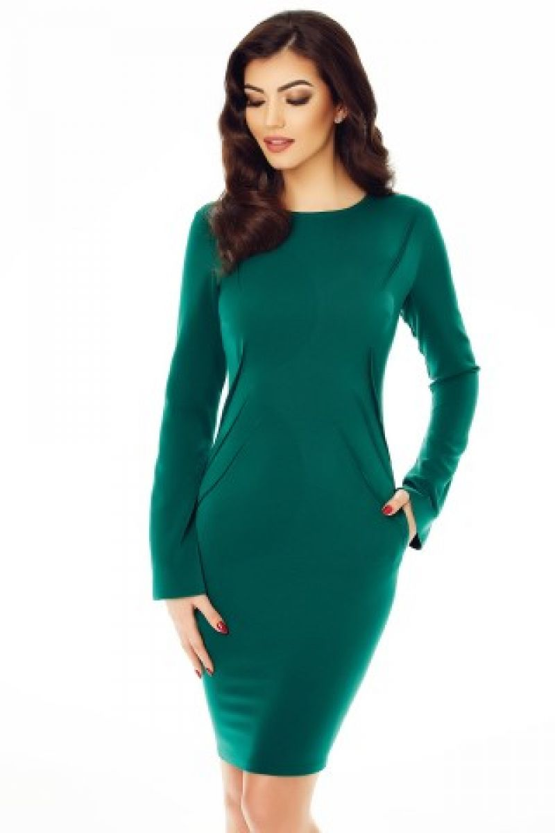 Cinci trucuri pentru a transforma rochiile de zi in rochii de seara